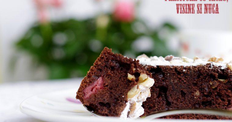 Prăjitură cu cacao, vișine și nucă…